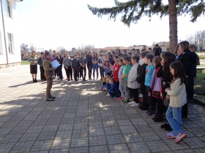 """Arboriculturist for a day"" with children from ""Hristo Botev"" Primary School - Ostrovo village"